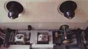 Gambar Bagian Dalam Tape Perekam,mekanik tape recorder,mekanik tape deck,harga mekanik tape,gambar mekanik tape,konstruksi mekanik tape,service mekanik tape,memperbaiki mekanik tape